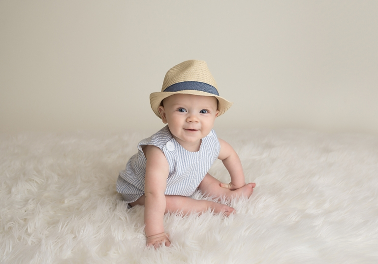 classic-sitter-six-month-photo-session-seattle