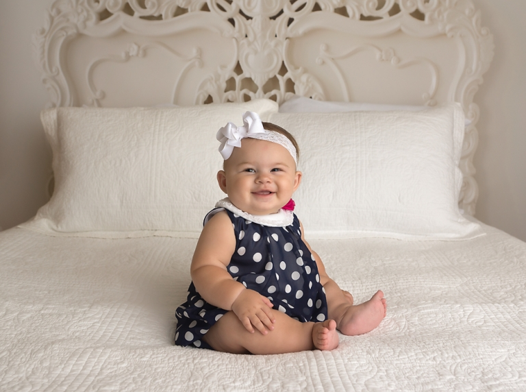 photo-session-for-six-month-old-baby-in-olympia