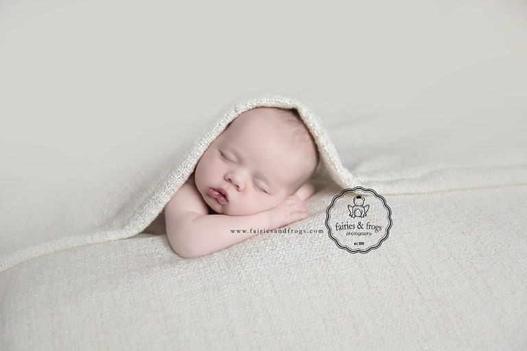 Newborn-Baby-Photography-Fairies-and-Frogs Photography-Olympia WA