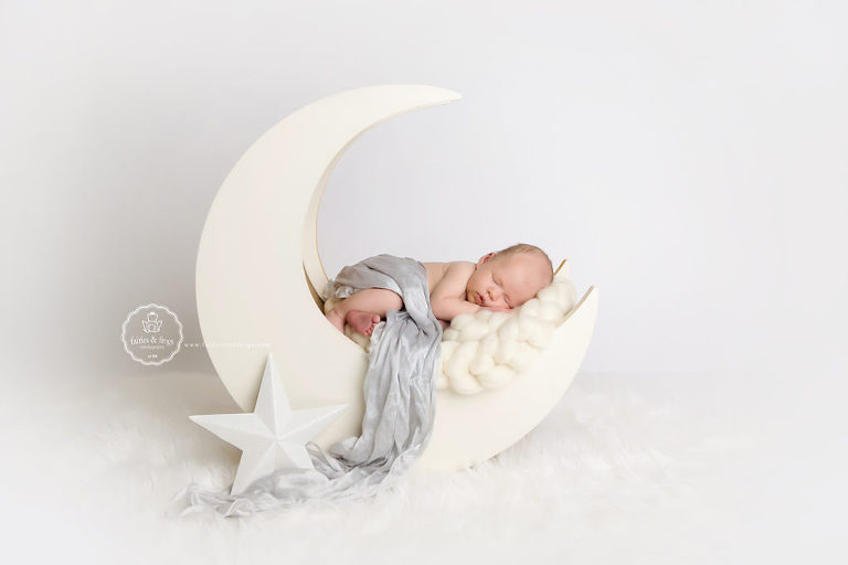 Newborn-Photography-Beautiful-Props-Olympia-WA