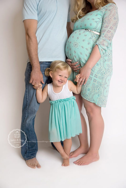 Family-Maternity-Photography-Session-Olympia-WA-Fairies-and-Frogs-Photography