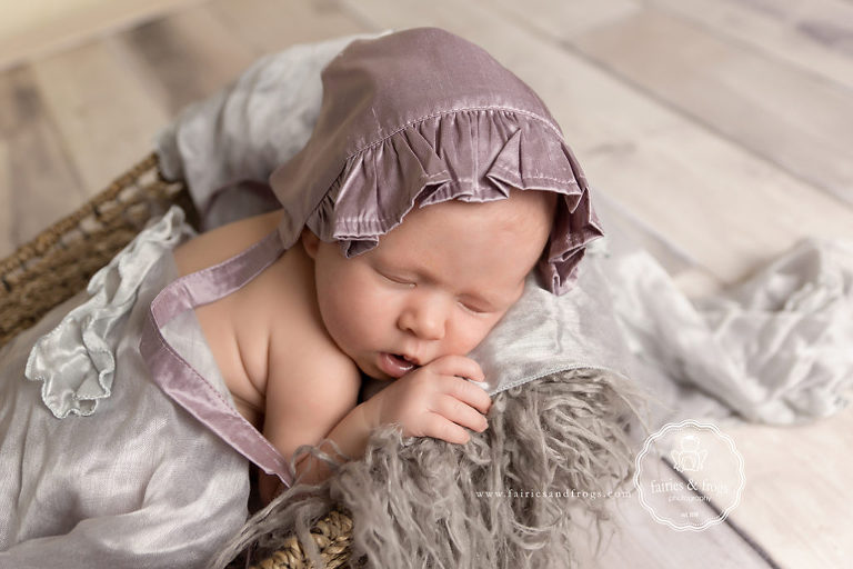Newborn-Photography-Skin-Issues-Olympia-WA-Fairies-and-Frogs-Photography