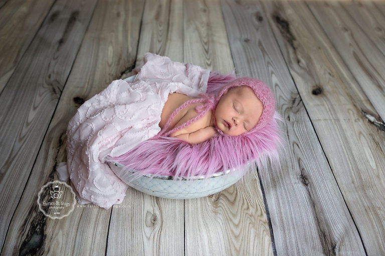 Newborn-Baby-Seven-Days-Old-Photography-Session-Olympia-WA-Fairies-and-Frogs-Photography