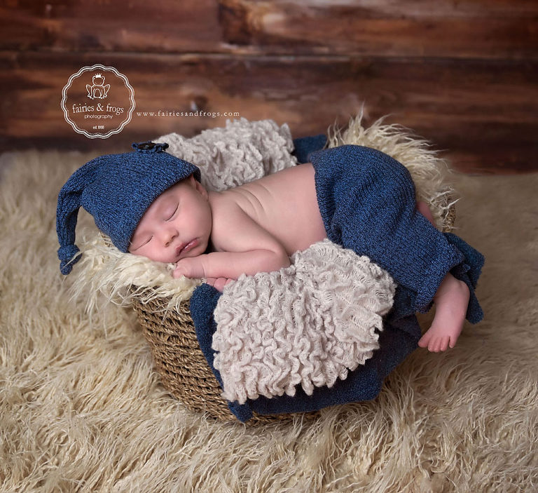 Gorgeous-Newborn-Photography-Session-Olympia-Lacey-WA-Fairies-and-Frogs-Photography