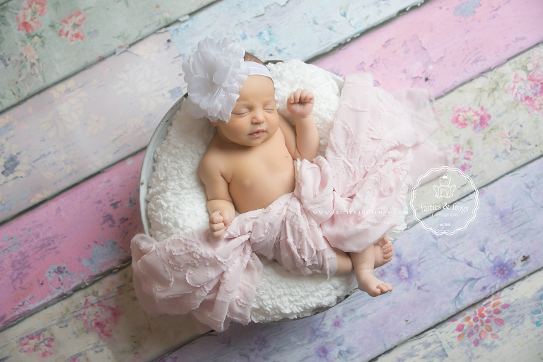 Newborn-Baby-Photography-Session-Special-Deal-Fairies-and-Frogs-Photography