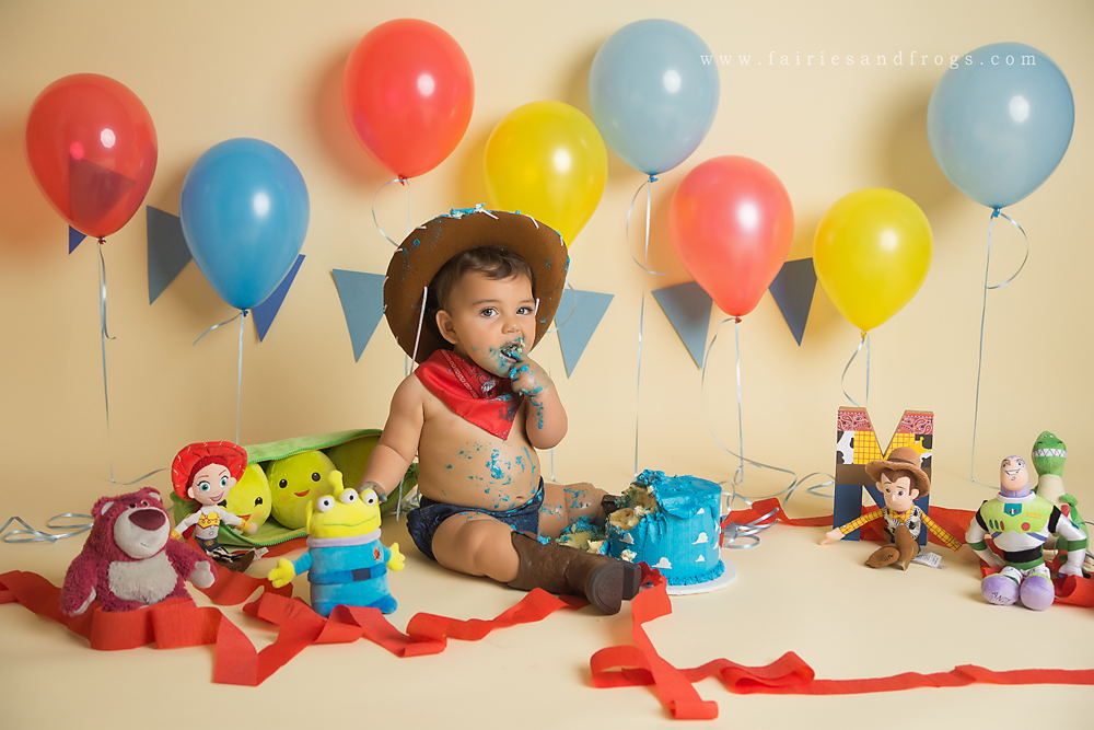 adorable-first-birthday-photo-session-in-olympia-washington
