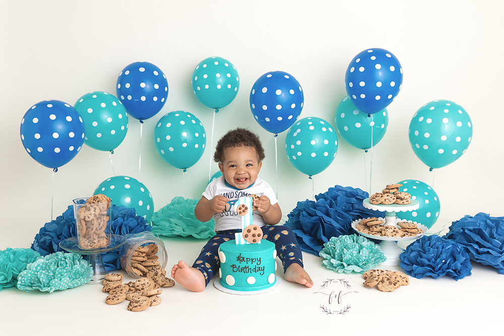 Cake-Smash-First-Birthday-Photo-Session