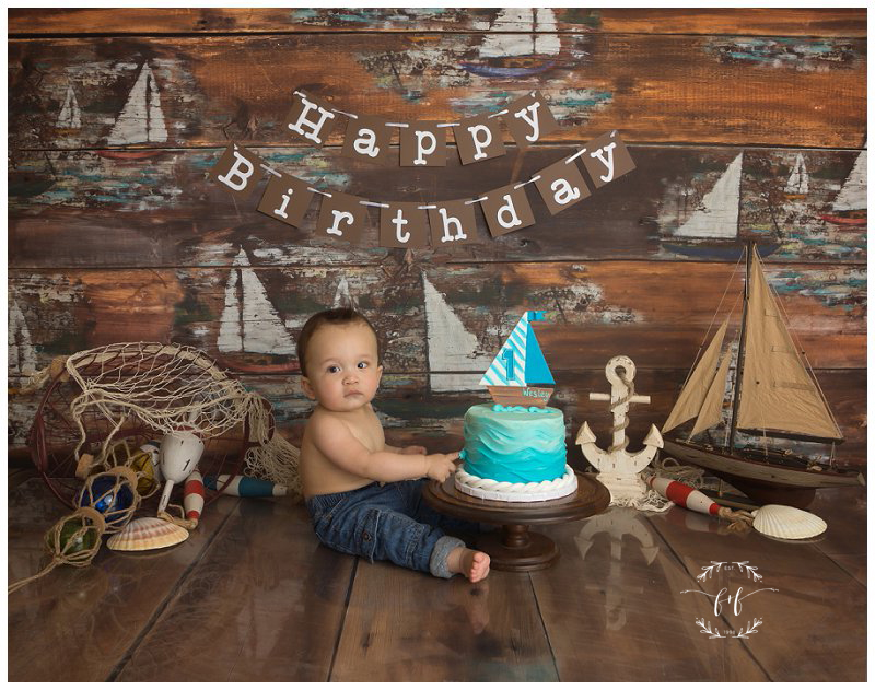 nautical-cake-smash-theme-first-birthday-photographer-in-seattle